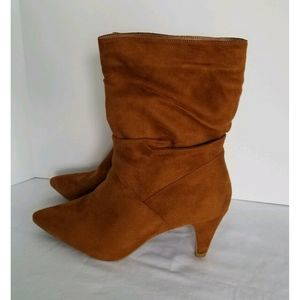 Bamboo Brown Fashion Suede Boots Woman Size 8.5